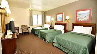 Travelodge Lake Erie Sandusky photos Room