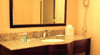 Hampton Inn Oxford/Miami University Area photos Room
