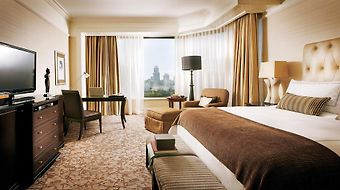 Four Seasons photos Room
