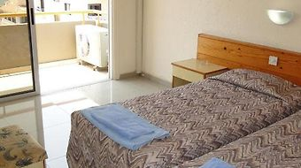 Sunflower Hotel Apts photos Room