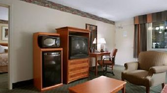 Ramada Mitchell Hotel And Conference Center photos Room