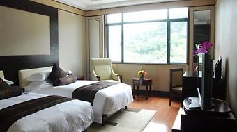 West Lake Hillview International photos Room