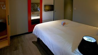 Ibis Bourg En Bresse photos Room