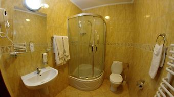 Hotel Gloria Przemysl photos Room