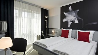 Tryp By Wyndham Bad Oldesloe photos Room