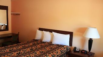 Gold Trail Motor Lodge photos Room