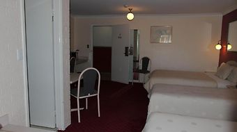 B.W Golden Age Motor Inn photos Room