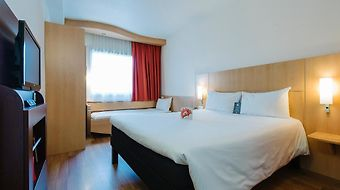 Ibis Madrid Centro photos Room