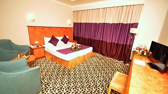 Golden Tulip Jeddah photos Room