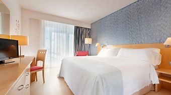Tryp Port Cambrils photos Room