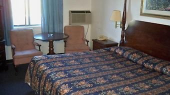 Knights Inn Wentzville Mo photos Room
