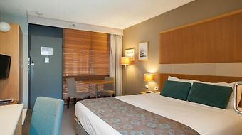 Quality Hotel Downtowner On Lygon photos Room