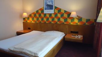 Enjoy Hotel Garni Korntal photos Room