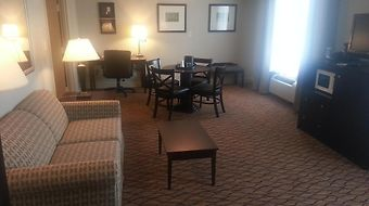 Wyndham Garden Glen Mills Wilmington photos Room