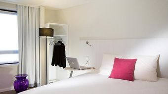Ibis Styles Lille Centre Gare Beffroi photos Room