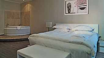 Russian Seasons Hotel photos Room Business Suite