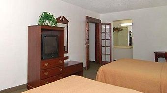 Quality Inn And Suites photos Room