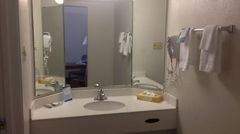 Baymont Inn & Suites Longview photos Room