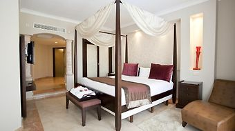 Majestic Elegance photos Room