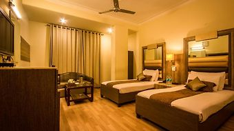 Suncourt Yatri photos Room