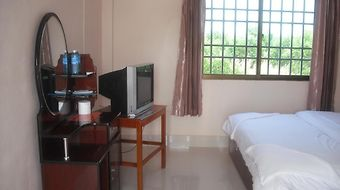 Chhner Rikreay Guest House photos Room