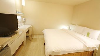 Kindness Hotel Houyi Jiuru photos Room