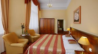 Danubius Health Spa Resort Centralni Lazne photos Room