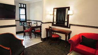 Court Classique Suite Hotel photos Room Hotel information