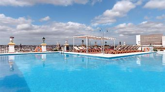 Tryp Macarena photos Facilities Pool