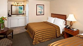 Days Inn San Diego Hotel Circle photos Room Queen Room with Kitchenette