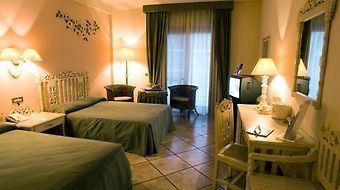 Holiday Inn Resort Naples-Castelvolturno photos Room Standard Room