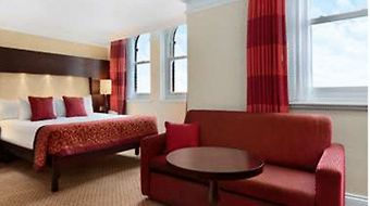 Hilton Brighton Metropole Hotel photos Room Deluxe Double Room with Sea View