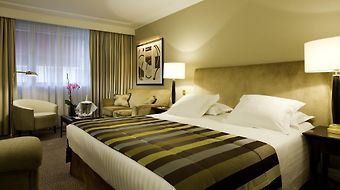 Warwick Paris photos Room