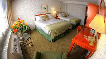 Compass Point Inn photos Room Non-Smoking Room with Two Queen Beds