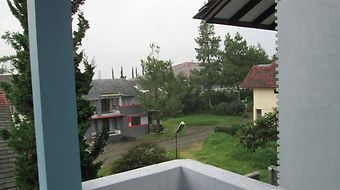 Country Villa Lembang photos Exterior Hotel information