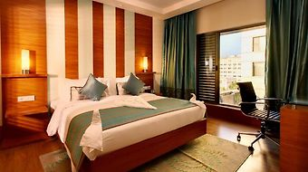 Radisson Blu Hotel Chennai City Centre photos Room