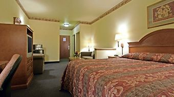 Quality Inn & Suites Glen Rose photos Room King Suite