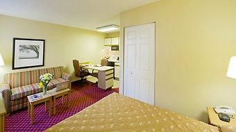 Extended Stay America - Louisville - Alliant Avenue photos Room Queen Deluxe Studio