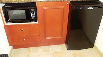 Hampton Inn & Suites Atl-Six Flags photos Restaurant Microwave/Refrigerator