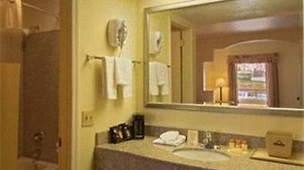 Days Inn Nashville- Airport photos Room King Suite