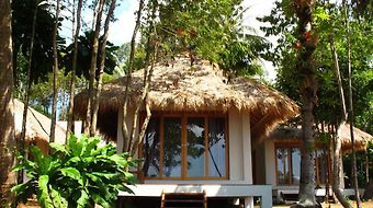 Little Moon Villa photos Room Two-Bedroom Cottage
