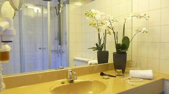Best Western Plazahotel Stuttgart-Filderstadt photos Room Park, Sleep & Fly