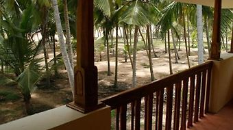 Palmleaves Beach Resort photos Exterior Photo album