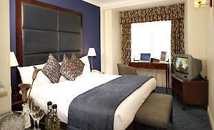 Quality Crown  Kensington Hotel photos Room Twin Suite