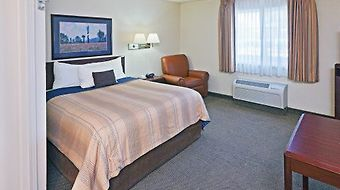 Candlewood Suites Dallas-Las Colinas photos Room