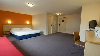 Travelodge Manchester Central Hotel photos Room Family Room