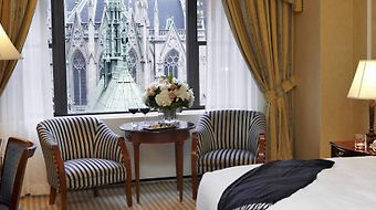 Lotte New York Palace photos Room Cathedral View Room