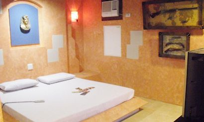 Sogo Hotel Rooms With Jacuzzi
